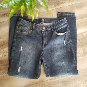 1822 Denim distressed skinny Jean size 12